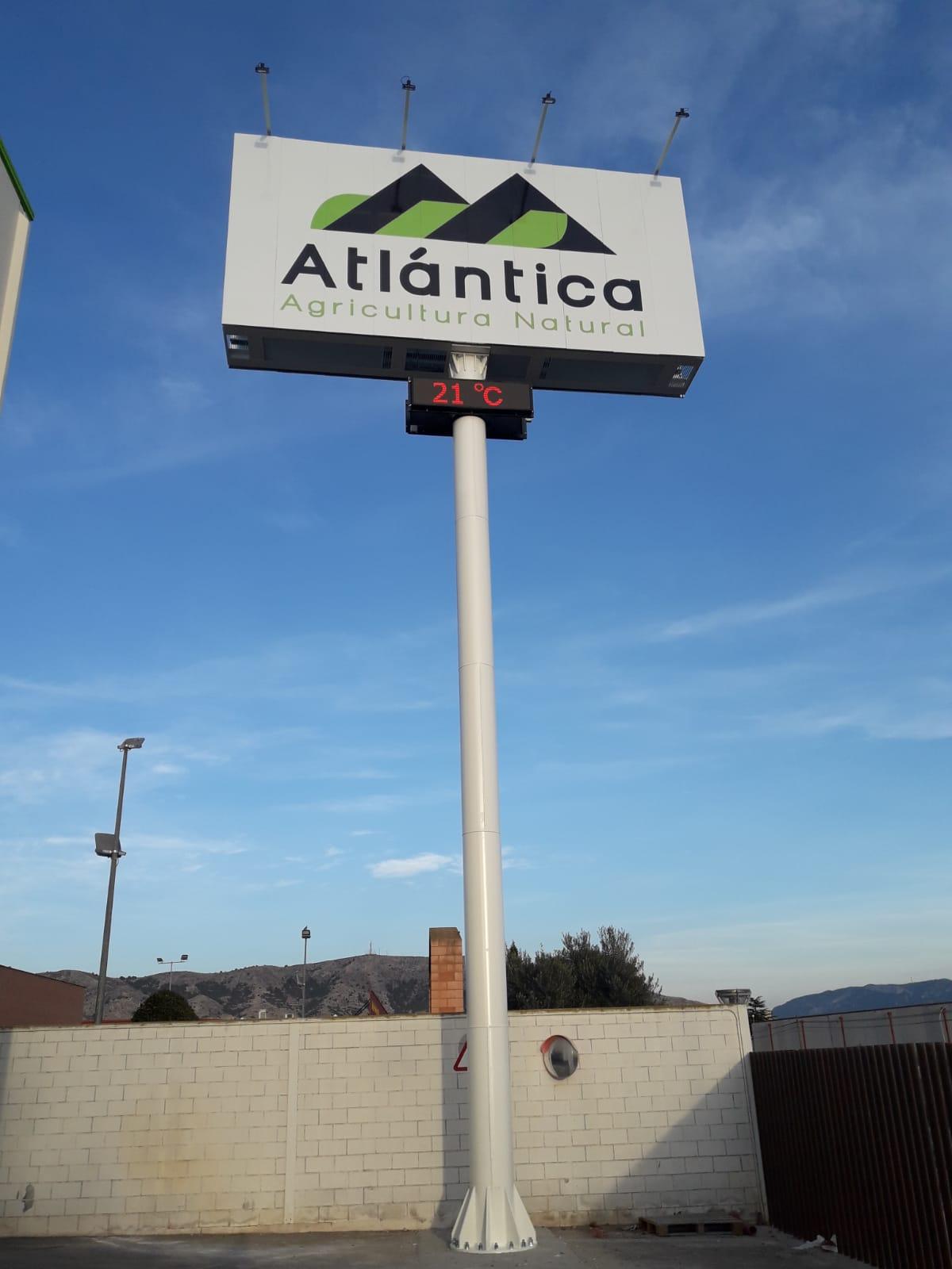 monoposte publicidad Atlantica